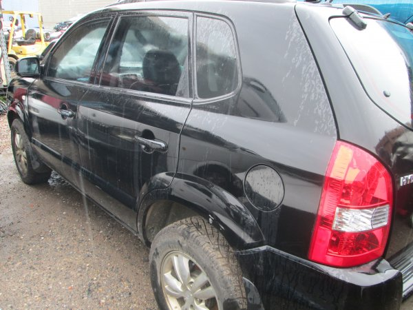 2009 HYUNDAI TUSCON LOW KMS AUTO | Dismantling Now | Penrith Auto Recyclers are dismantling major brand cars right now! We offer fully tested second hand, used car parts and genuine or aftermarket products for most of the major brands. (../../dc/gallery/003_11.jpg)