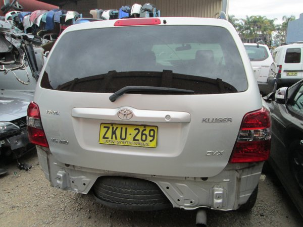 2004 TOYOTA KLUGER 3.3 | Dismantling Now | Penrith Auto Recyclers are dismantling major brand cars right now! We offer fully tested second hand, used car parts and genuine or aftermarket products for most of the major brands. (../../dc/gallery/003_15.jpg)