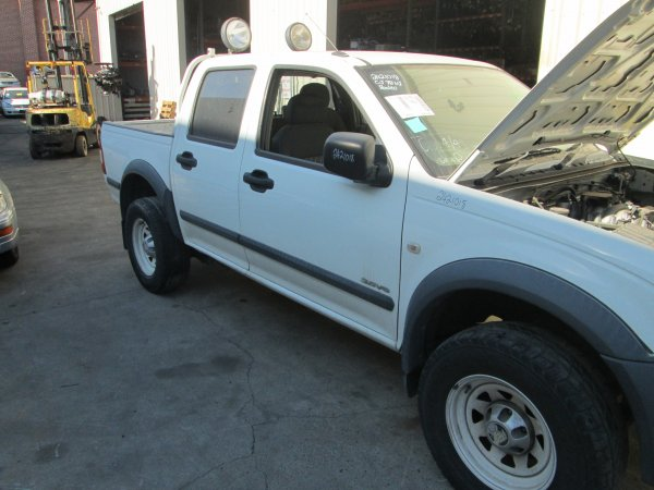 2004 RA RODEO DUAL CAB | Dismantling Now | Penrith Auto Recyclers are dismantling major brand cars right now! We offer fully tested second hand, used car parts and genuine or aftermarket products for most of the major brands. (../../dc/gallery/003_18.jpg)