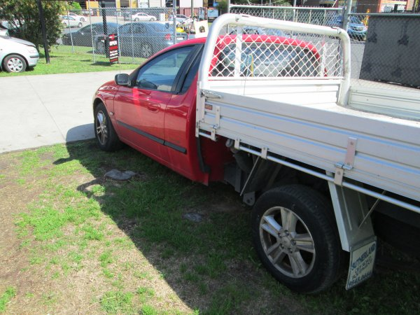 2000 AU FALCON UTE | Dismantling Now | Penrith Auto Recyclers are dismantling major brand cars right now! We offer fully tested second hand, used car parts and genuine or aftermarket products for most of the major brands. (../../dc/gallery/004.jpg)