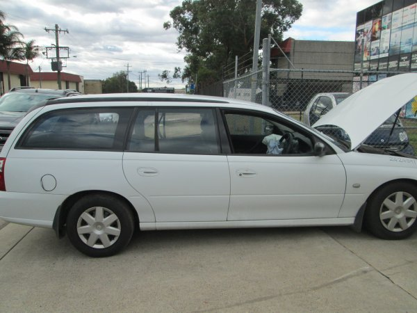 2007 HOLDEN VZ COMMODORE WAGON | Dismantling Now | Penrith Auto Recyclers are dismantling major brand cars right now! We offer fully tested second hand, used car parts and genuine or aftermarket products for most of the major brands. (../../dc/gallery/004_21.jpg)