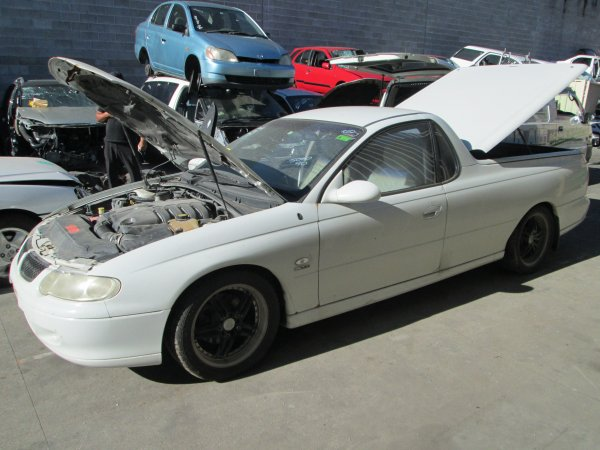 HOLDEN COMMODORE UTE 5.7 LITRE AUTO | Dismantling Now | Penrith Auto Recyclers are dismantling major brand cars right now! We offer fully tested second hand, used car parts and genuine or aftermarket products for most of the major brands. (../../dc/gallery/005_1.jpg)