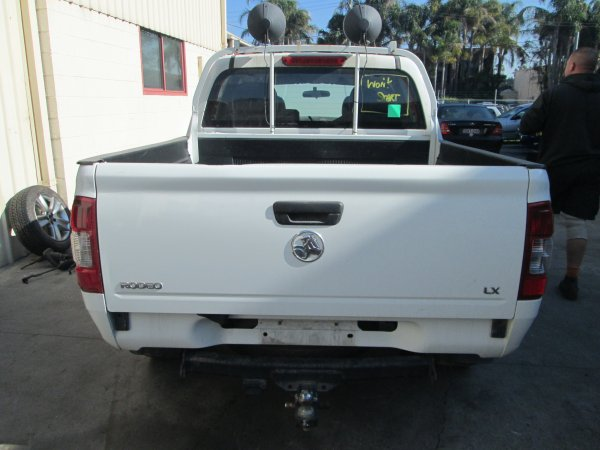 2004 RA RODEO DUAL CAB | Dismantling Now | Penrith Auto Recyclers are dismantling major brand cars right now! We offer fully tested second hand, used car parts and genuine or aftermarket products for most of the major brands. (../../dc/gallery/005_15.jpg)