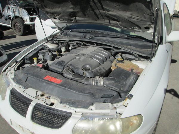 HOLDEN COMMODORE UTE 5.7 LITRE AUTO | Dismantling Now | Penrith Auto Recyclers are dismantling major brand cars right now! We offer fully tested second hand, used car parts and genuine or aftermarket products for most of the major brands. (../../dc/gallery/006_1.jpg)