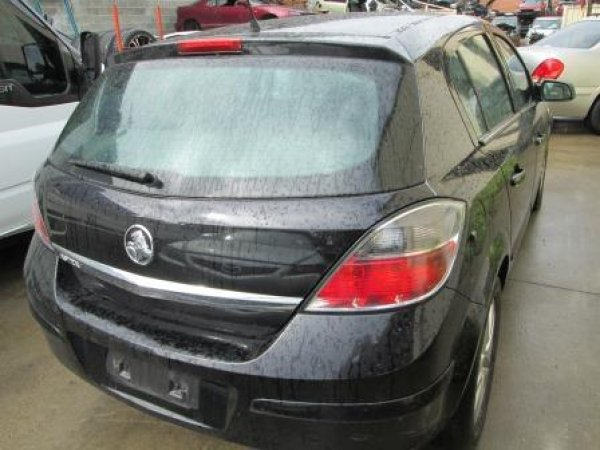 2007 HOLDEN ASTRA LOW KM | Dismantling Now | Penrith Auto Recyclers are dismantling major brand cars right now! We offer fully tested second hand, used car parts and genuine or aftermarket products for most of the major brands. (../../dc/gallery/006_11.jpg)