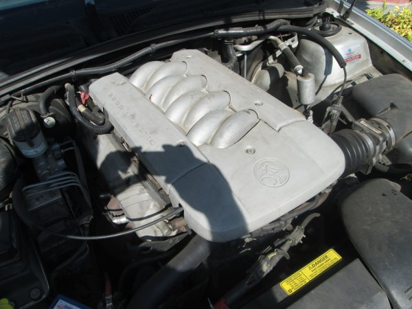 1999 VT CALAIS 5.0 LITRE AUTO | Dismantling Now | Penrith Auto Recyclers are dismantling major brand cars right now! We offer fully tested second hand, used car parts and genuine or aftermarket products for most of the major brands. (../../dc/gallery/006_5.jpg)