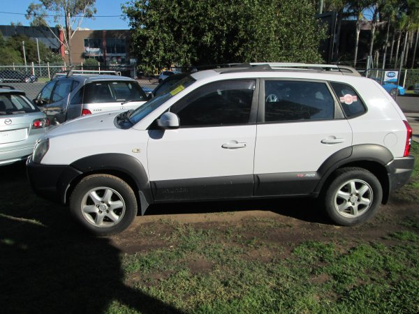 2005 TUCSON LOW KM | Dismantling Now | Penrith Auto Recyclers are dismantling major brand cars right now! We offer fully tested second hand, used car parts and genuine or aftermarket products for most of the major brands. (../../dc/gallery/008_9.jpg)