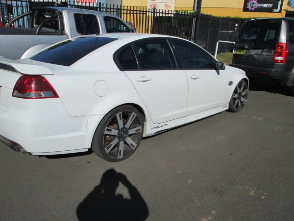2006 HOLDEN COMMODORE VE  | Dismantling Now | Penrith Auto Recyclers are dismantling major brand cars right now! We offer fully tested second hand, used car parts and genuine or aftermarket products for most of the major brands. (../../dc/gallery/009_10.jpg)