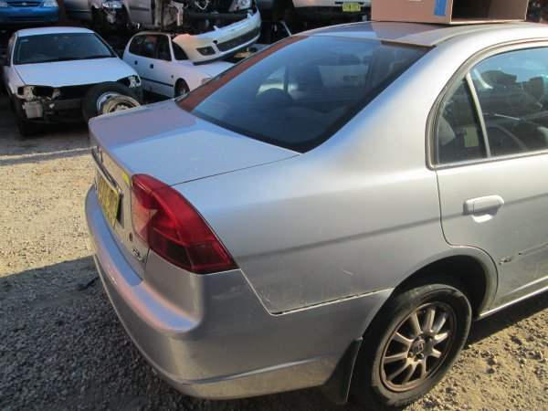 2002 HONDA CIVIC AUTO | Dismantling Now | Penrith Auto Recyclers are dismantling major brand cars right now! We offer fully tested second hand, used car parts and genuine or aftermarket products for most of the major brands. (../../dc/gallery/009_3.jpg)