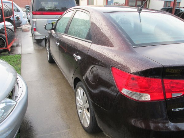 2010 KIA CERATO | Dismantling Now | Penrith Auto Recyclers are dismantling major brand cars right now! We offer fully tested second hand, used car parts and genuine or aftermarket products for most of the major brands. (../../dc/gallery/010_14.jpg)
