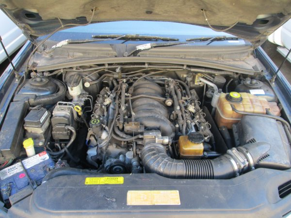 2000 HOLDEN STATESMAN 5.7 | Dismantling Now | Penrith Auto Recyclers are dismantling major brand cars right now! We offer fully tested second hand, used car parts and genuine or aftermarket products for most of the major brands. (../../dc/gallery/011_10.jpg)