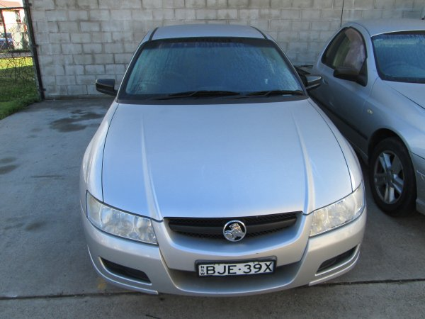 2004 HOLDEN COMMODORE VZ | Dismantling Now | Penrith Auto Recyclers are dismantling major brand cars right now! We offer fully tested second hand, used car parts and genuine or aftermarket products for most of the major brands. (../../dc/gallery/012.jpg)