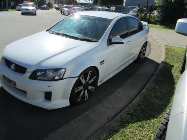 2006 HOLDEN COMMODORE VE  | Dismantling Now | Penrith Auto Recyclers are dismantling major brand cars right now! We offer fully tested second hand, used car parts and genuine or aftermarket products for most of the major brands. (../../dc/gallery/012_7.jpg)