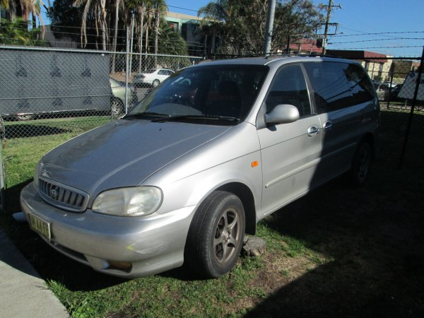 2002 KIA CARNIVAL 5 SPEED | Dismantling Now | Penrith Auto Recyclers are dismantling major brand cars right now! We offer fully tested second hand, used car parts and genuine or aftermarket products for most of the major brands. (../../dc/gallery/013_1.jpg)