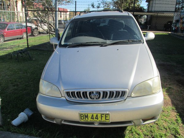 2002 KIA CARNIVAL 5 SPEED | Dismantling Now | Penrith Auto Recyclers are dismantling major brand cars right now! We offer fully tested second hand, used car parts and genuine or aftermarket products for most of the major brands. (../../dc/gallery/014_1.jpg)