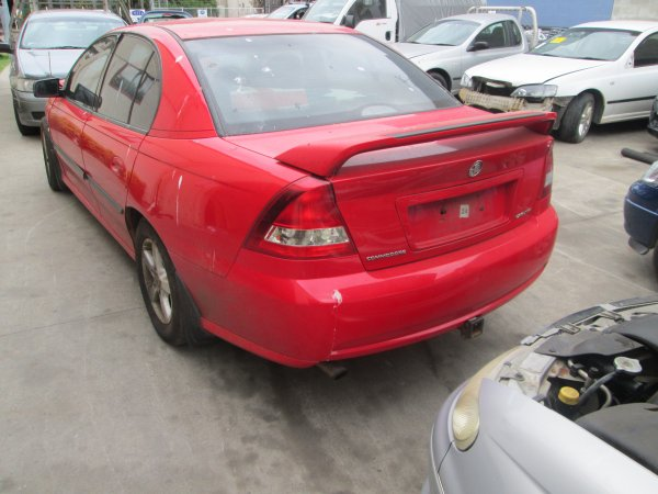 2005 HOLDEN COMMODORE VZ  | Dismantling Now | Penrith Auto Recyclers are dismantling major brand cars right now! We offer fully tested second hand, used car parts and genuine or aftermarket products for most of the major brands. (../../dc/gallery/014_3.jpg)