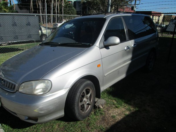 2002 KIA CARNIVAL 5 SPEED | Dismantling Now | Penrith Auto Recyclers are dismantling major brand cars right now! We offer fully tested second hand, used car parts and genuine or aftermarket products for most of the major brands. (../../dc/gallery/016.jpg)