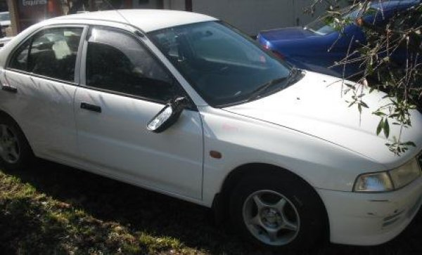1999 MITSUBISHI LANCER SEDAN | Dismantling Now | Penrith Auto Recyclers are dismantling major brand cars right now! We offer fully tested second hand, used car parts and genuine or aftermarket products for most of the major brands. (../../dc/gallery/A00059_C.jpg)