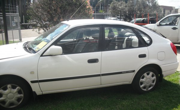 2000 TOYOTA COROLLA HATCH | Dismantling Now | Penrith Auto Recyclers are dismantling major brand cars right now! We offer fully tested second hand, used car parts and genuine or aftermarket products for most of the major brands. (../../dc/gallery/A00067_E.jpg)