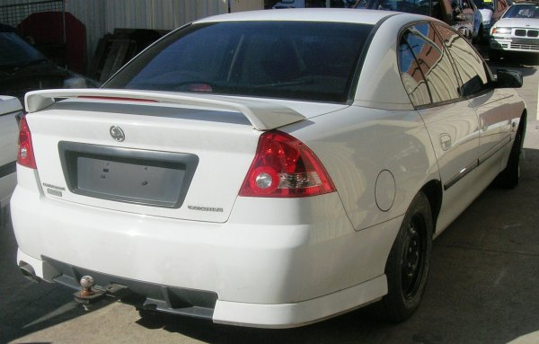 2003 VY COMMODORE  | Dismantling Now | Penrith Auto Recyclers are dismantling major brand cars right now! We offer fully tested second hand, used car parts and genuine or aftermarket products for most of the major brands. (../../dc/gallery/A00077_A.jpg)