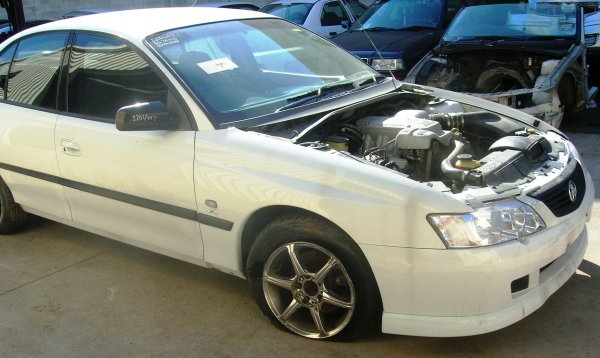 2003 VY COMMODORE BERLINA | Dismantling Now | Penrith Auto Recyclers are dismantling major brand cars right now! We offer fully tested second hand, used car parts and genuine or aftermarket products for most of the major brands. (../../dc/gallery/A00077_C.jpg)