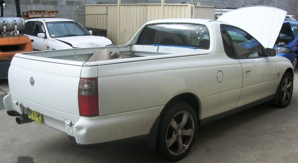 2003 VY UTE COMPLETE | Dismantling Now | Penrith Auto Recyclers are dismantling major brand cars right now! We offer fully tested second hand, used car parts and genuine or aftermarket products for most of the major brands. (../../dc/gallery/A00079_D.jpg)