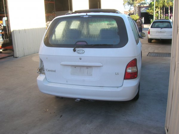 2001 KIA CARNIVAL MANUAL | Dismantling Now | Penrith Auto Recyclers are dismantling major brand cars right now! We offer fully tested second hand, used car parts and genuine or aftermarket products for most of the major brands. (../../dc/gallery/A00093_C.jpg)
