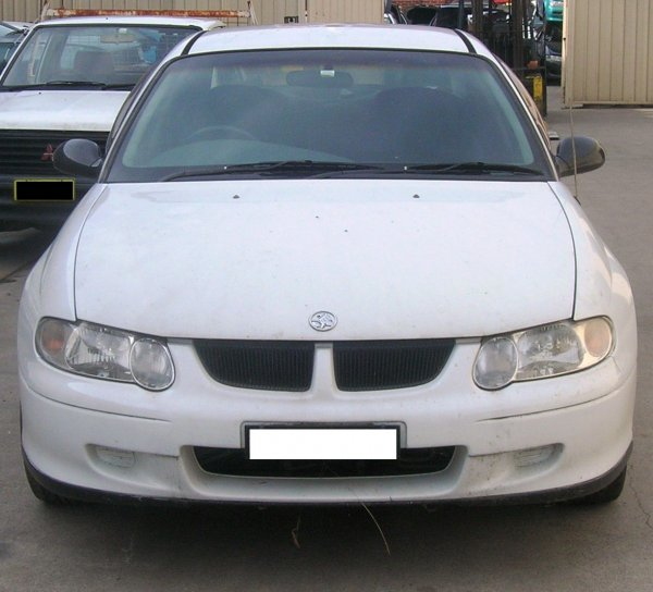 2002 VX COMMODORE SEDAN | Dismantling Now | Penrith Auto Recyclers are dismantling major brand cars right now! We offer fully tested second hand, used car parts and genuine or aftermarket products for most of the major brands. (../../dc/gallery/A00117_A.jpg)