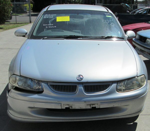 2000 COMMODORE VT LOW KMS | Dismantling Now | Penrith Auto Recyclers are dismantling major brand cars right now! We offer fully tested second hand, used car parts and genuine or aftermarket products for most of the major brands. (../../dc/gallery/A00162_A.jpg)