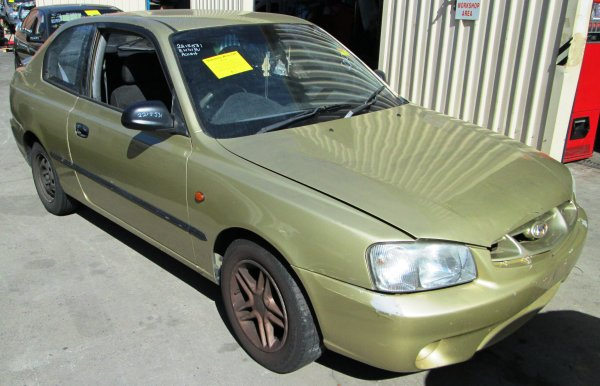 2001 HYUNDAI ACCENT LOW KMS | Dismantling Now | Penrith Auto Recyclers are dismantling major brand cars right now! We offer fully tested second hand, used car parts and genuine or aftermarket products for most of the major brands. (../../dc/gallery/A00163_B_1.jpg)