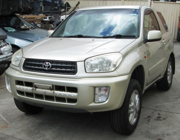 2004 RAV 4  SWB | Dismantling Now | Penrith Auto Recyclers are dismantling major brand cars right now! We offer fully tested second hand, used car parts and genuine or aftermarket products for most of the major brands. (../../dc/gallery/A00231_A.jpg)