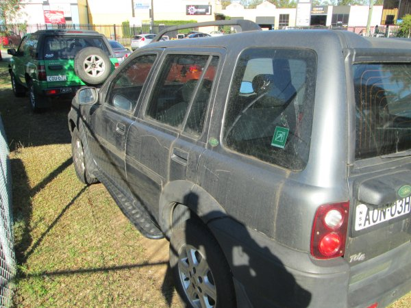 2000 LANDROVER FREELANDER AUTO | Dismantling Now | Penrith Auto Recyclers are dismantling major brand cars right now! We offer fully tested second hand, used car parts and genuine or aftermarket products for most of the major brands. (../../dc/gallery/CRV.BARINA.FREE_014.jpg)