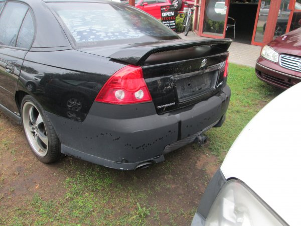 2005 HOLDEN COMMODORE SV6 | Dismantling Now | Penrith Auto Recyclers are dismantling major brand cars right now! We offer fully tested second hand, used car parts and genuine or aftermarket products for most of the major brands. (../../dc/gallery/IMG_3039.jpg)