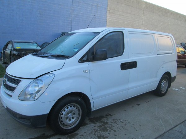 2009 HYUNDAI ILOAD VAN AUTO DIESEL | Dismantling Now | Penrith Auto Recyclers are dismantling major brand cars right now! We offer fully tested second hand, used car parts and genuine or aftermarket products for most of the major brands. (../../dc/gallery/Iload_001.jpg)