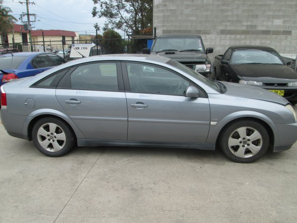 2007 HOLDEN VECTRA | Dismantling Now | Penrith Auto Recyclers are dismantling major brand cars right now! We offer fully tested second hand, used car parts and genuine or aftermarket products for most of the major brands. (../../dc/gallery/PAR_WEBSITE_CARS_006_1.jpg)
