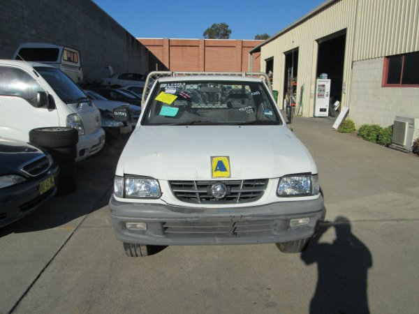 2002 HOLDEN RODEO V6 LOW KMS | Dismantling Now | Penrith Auto Recyclers are dismantling major brand cars right now! We offer fully tested second hand, used car parts and genuine or aftermarket products for most of the major brands. (../../dc/gallery/PAR_WEBSITE_CARS_013.jpg)