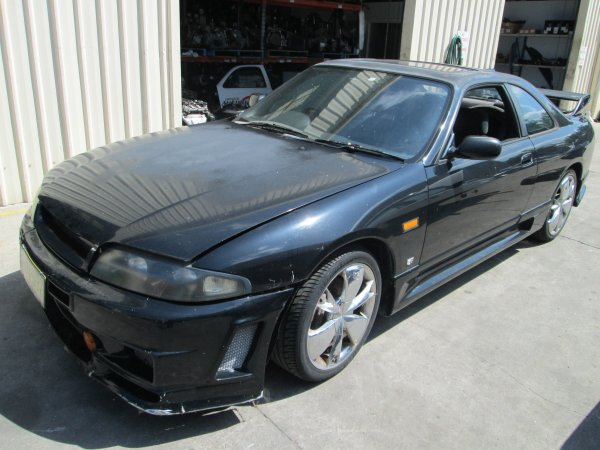 NISSAN SKYLINE R33 GTS-T TURBO | Dismantling Now | Penrith Auto Recyclers are dismantling major brand cars right now! We offer fully tested second hand, used car parts and genuine or aftermarket products for most of the major brands. (../../dc/gallery/SKYLINE_005.jpg)