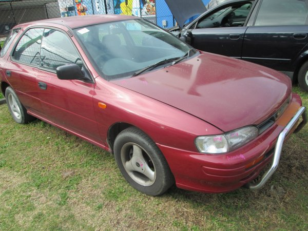 1995 IMPREZA HATCH | Dismantling Now | Penrith Auto Recyclers are dismantling major brand cars right now! We offer fully tested second hand, used car parts and genuine or aftermarket products for most of the major brands. (../../dc/gallery/impreza_014.jpg)