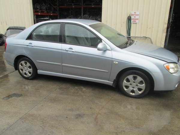 2004 KIA CERATO AUTO  | Dismantling Now | Penrith Auto Recyclers are dismantling major brand cars right now! We offer fully tested second hand, used car parts and genuine or aftermarket products for most of the major brands. (../../dc/gallery/par_002.jpg)