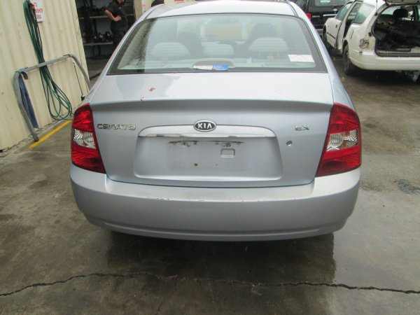2004 KIA CERATO AUTO  | Dismantling Now | Penrith Auto Recyclers are dismantling major brand cars right now! We offer fully tested second hand, used car parts and genuine or aftermarket products for most of the major brands. (../../dc/gallery/par_003.jpg)