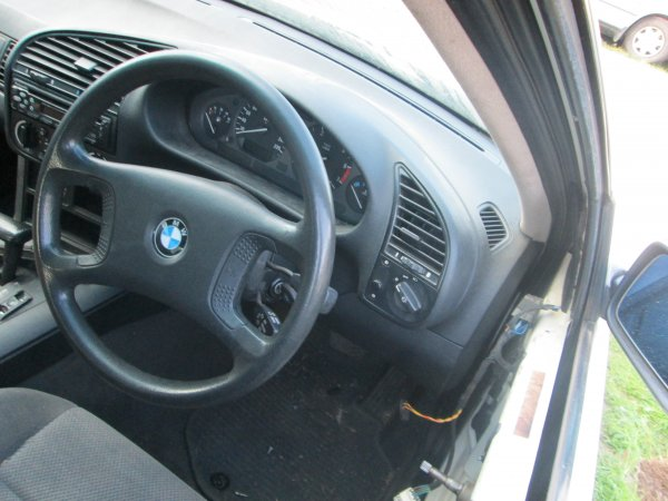 1995 BMW 318I AUTO  | Dismantling Now | Penrith Auto Recyclers are dismantling major brand cars right now! We offer fully tested second hand, used car parts and genuine or aftermarket products for most of the major brands. (../../dc/gallery/par_pictures_005.jpg)