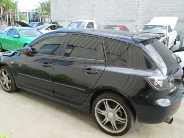 2006 MAZDA 3 HATCH MANUAL | Dismantling Now | Penrith Auto Recyclers are dismantling major brand cars right now! We offer fully tested second hand, used car parts and genuine or aftermarket products for most of the major brands. (../../dc/gallery/par_website_005.jpg)
