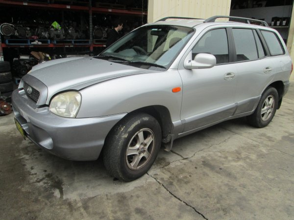 2002 SANTA FE | Dismantling Now | Penrith Auto Recyclers are dismantling major brand cars right now! We offer fully tested second hand, used car parts and genuine or aftermarket products for most of the major brands. (../../dc/gallery/santa_fe_002.jpg)