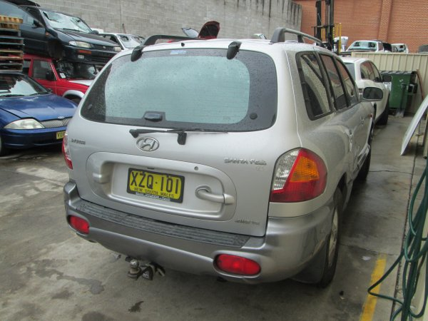 2002 SANTA FE | Dismantling Now | Penrith Auto Recyclers are dismantling major brand cars right now! We offer fully tested second hand, used car parts and genuine or aftermarket products for most of the major brands. (../../dc/gallery/santa_fe_004.jpg)